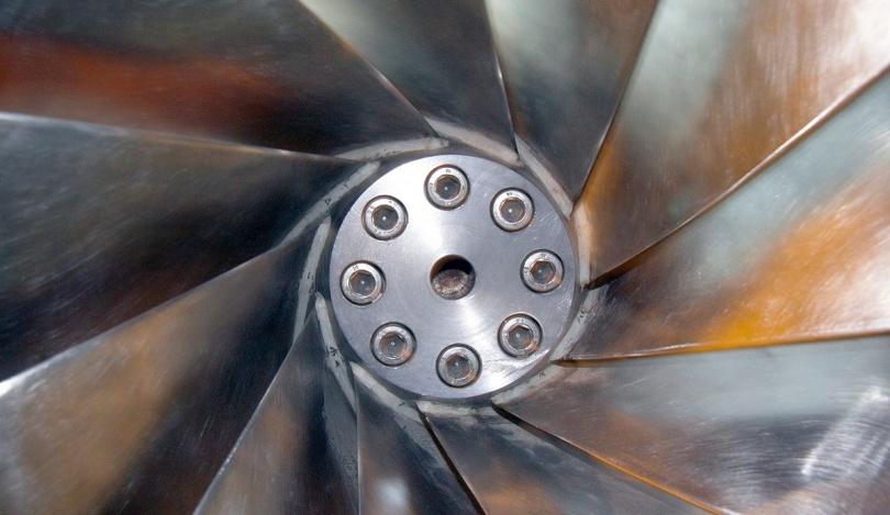 Francisturbin. Energi. Vannkraft. Vasshjul. Vannhjul. Kraftstasjon. Strøm. Strømproduksjon.