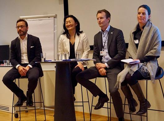 Hvordan og hvorfor gjøre vannkraft stor igjen? Fra v.: Fredrik Ringnes i Rainpower, Hege Brende i HydroCen, Erik Dugstad i DNV GL og Anne-Tone Steinsvik i Clean Energy Invest. Foto: Claude R. Olsen